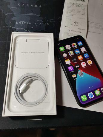 iPhone 11 Black 64GB w stanie nowym użytkowany niecały miesiąc.