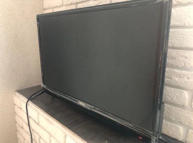 Телевизор LED Samsung L 32 + SMART TV.