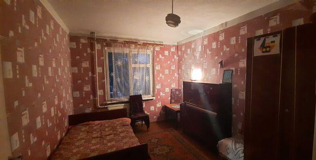 J 3- х комнатная квартира на Раковке