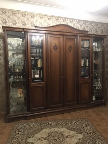 Мебель для гостинной из натурального дерева стенка шкаф