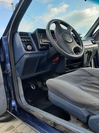 Ford sierra на повному ходу