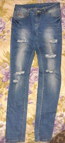 Продам не дорого джинсы.