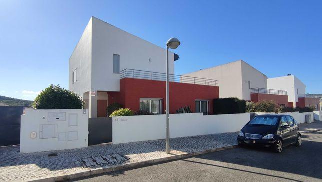 Moradia V3+1 na Urbanização Casal do Covão