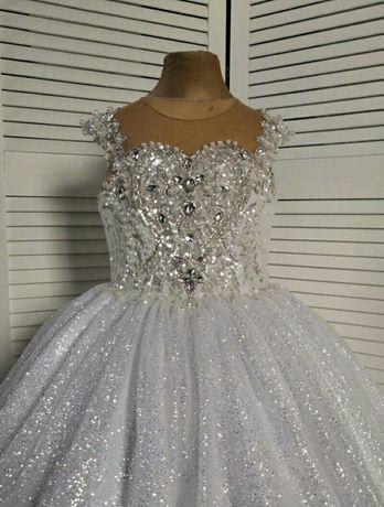 Выпускное  шикарное бальное платье