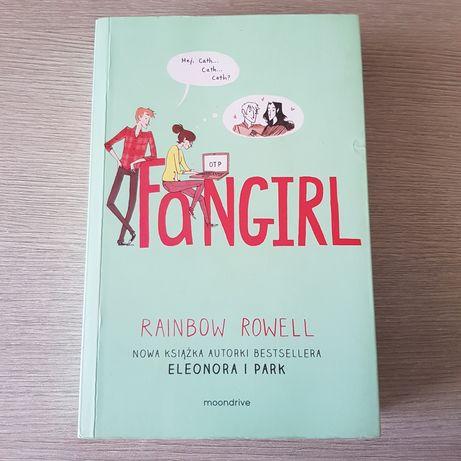 """Fangirl"" - Rainbow Rowell"