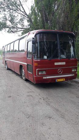 Продам автобус Мерседес Бенс 0303