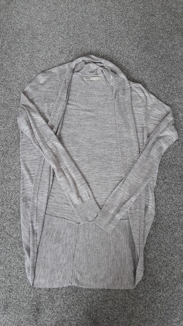Narzutka/sweter Bershka r. 40/L beż