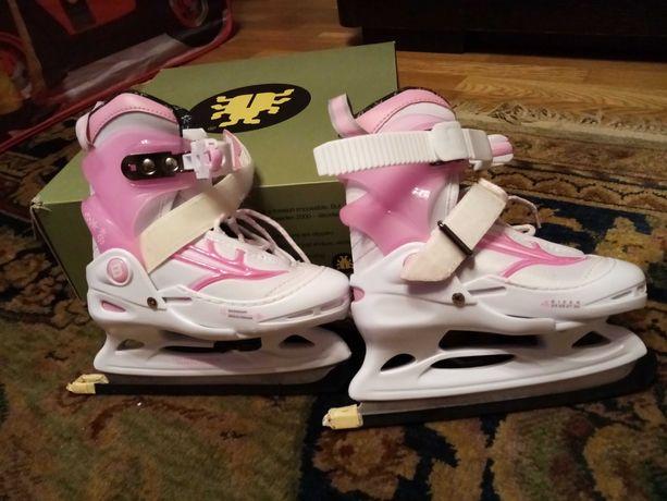 Nowe łyżwy dla dziewczynki
