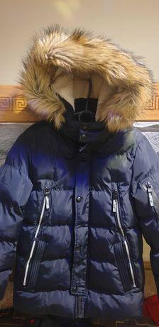 Курточка зимова від польського виробника.
