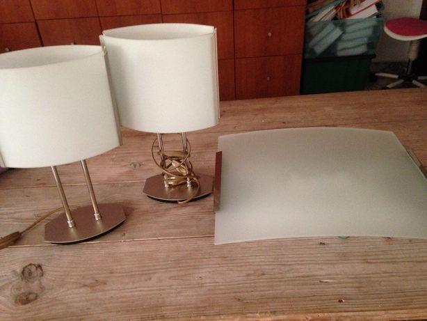 Candeeiro teto e mesa