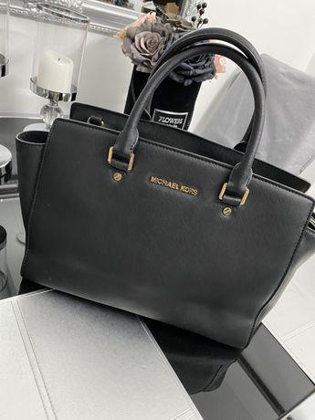 Torebka Michael Kors MK, Louis Vuitton  czarna kuferek a4