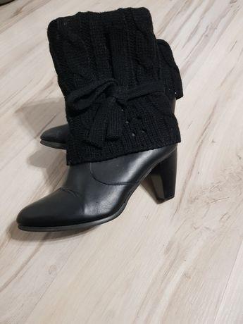 Czarne botki rozmiar 39