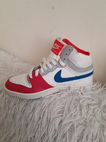 Adidasy Nike 38,5