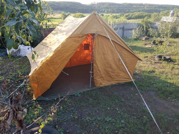 Продам туристичну палатку
