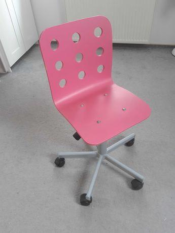 Różowe krzesełko IKEA