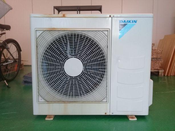 Ar condicionado Daikin Inverter Model RXB50CV1B