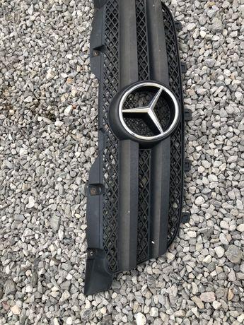 Mercedes sprinter 906 grill
