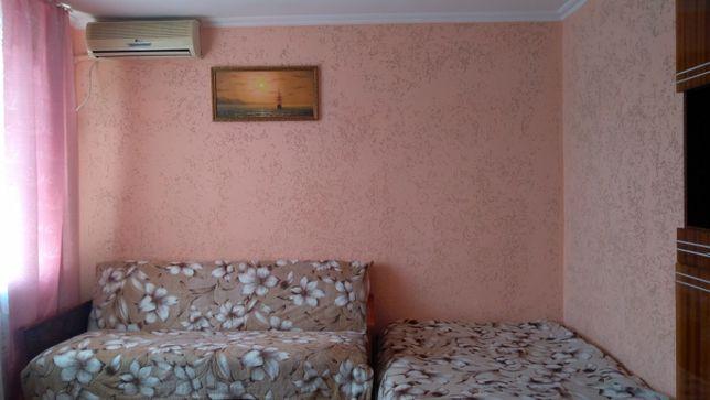 Сдам без посредников Ильичевск 1 ком-ая квартира черноморск возле моря