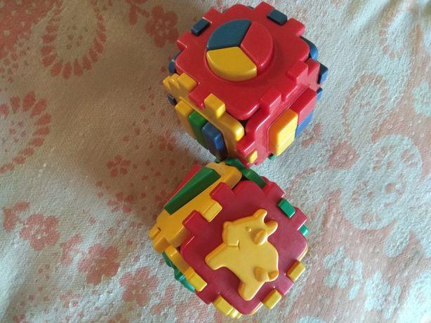 Развивающие детские  логические кубы