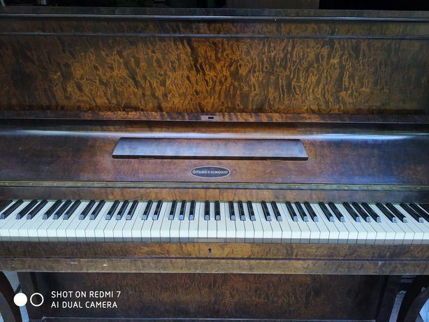 Szwedzkie pianino Ostlind&Almquist, po remoncie, transport, wniesienie