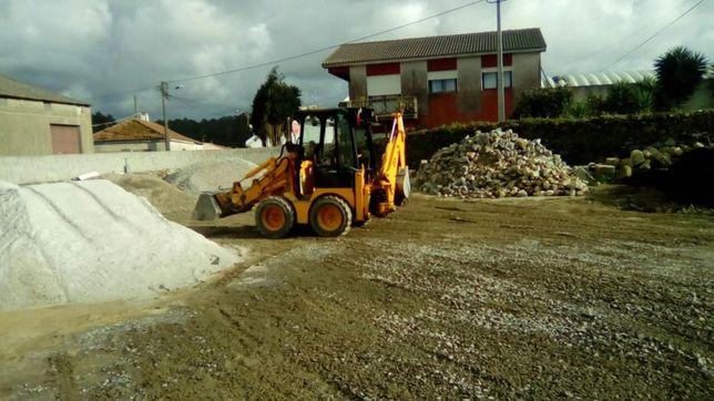 serviços de miniretroescavadora e camião basculante recolha de entulho