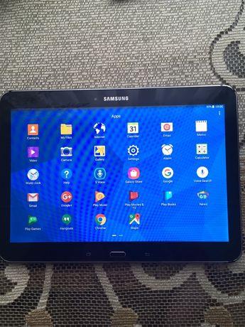 планшет Samsung Galaxy Tab 4 - модель SM-T530.
