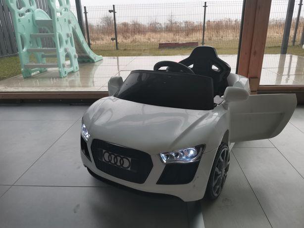 Samochodzik sterowany na akumulator dla dziecka