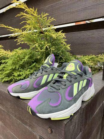 Кроссовки Adidas Yung