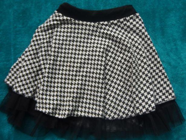 Śliczna spódnica w pepitkę rozm-134 - 140 Tanio!