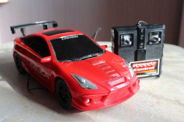 Машинка гоночная с пультом управления
