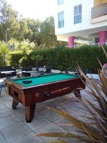 Mesa de Bilhar/ Snooker/Pool de Interior e Exterior.