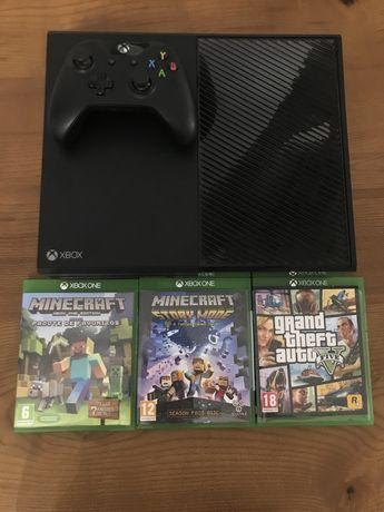 Xbox One Impecável (Com GTA V, Minecraft, Minecraft Story Mode e Fifa)