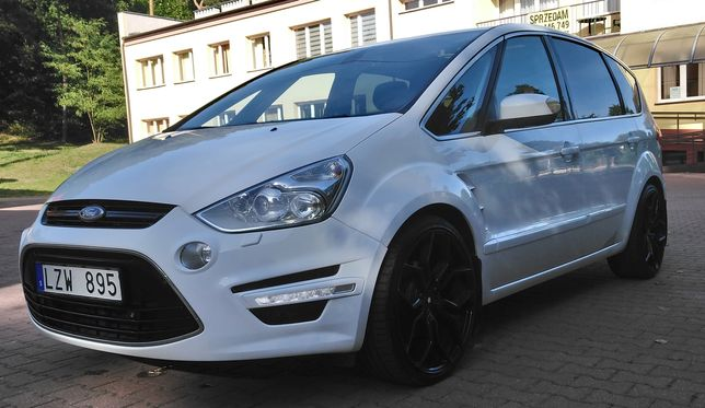 Ford s max lift