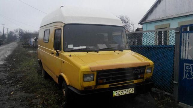 Продаю ДАФ-400 маловантажный автомобиль категории В