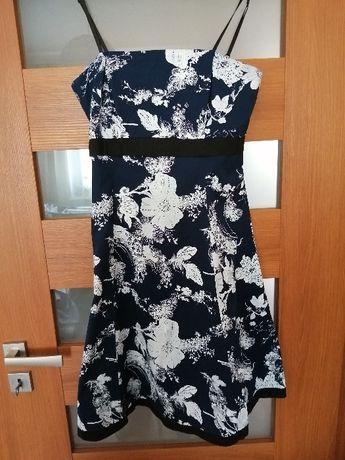 Sprzedam sukienkę na lato.