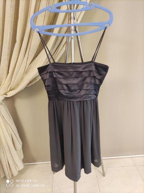 Vestido de cerimonia tamanho M cinzento