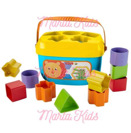 Развивающие игрушки Fisher Price ( сортер, пирамидка) Фишер Прайс