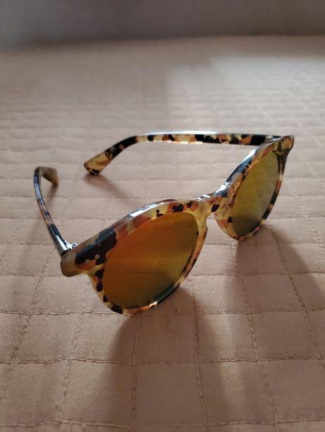Очки солнцезащитные Accessories