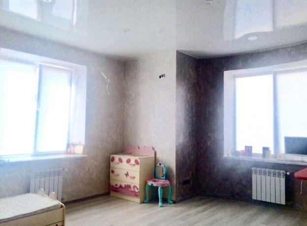 Продается двухкомнатная квартира 63 кв.м. в новом кирпичном доме.