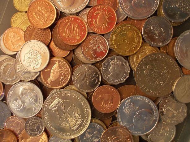 200 монет разных стран _ микс № 4