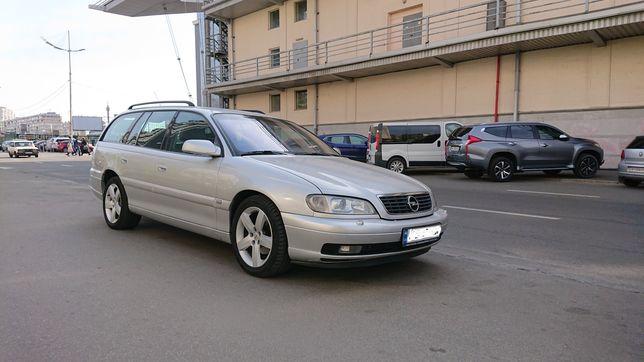 Оренда автомобіля з водієм Opel Omega b caravan 2.5 tdi