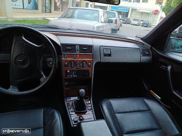 Mercedes-Benz 180