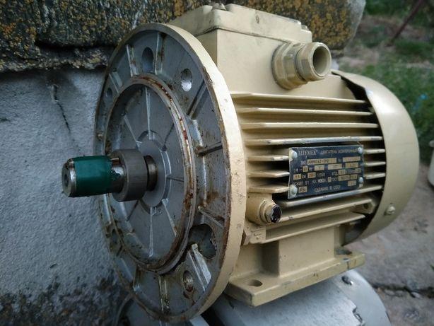 Новый 1,5 кВт 3000 об электродвигатель електродвигун