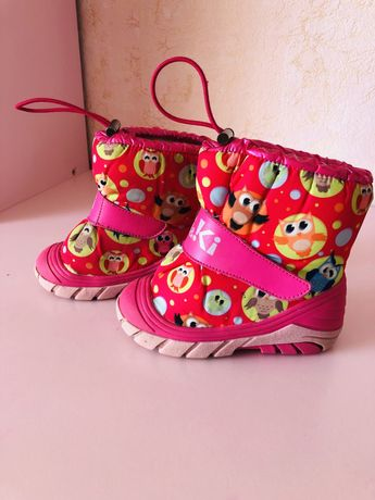 Зимние сапожки,ботинки на девочку