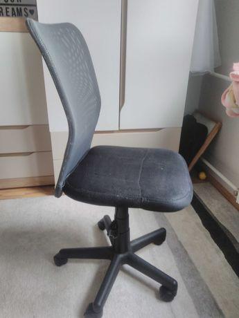 Krzeslo obrotowe dla dziecka