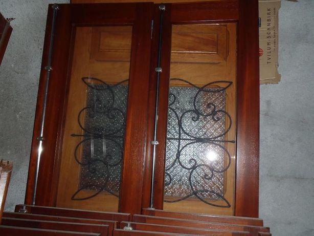 Afizélia - Portas e Janelas