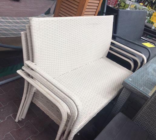 Продам новый комплект мебели из ротанг