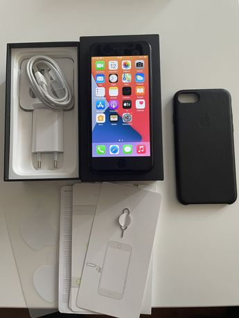 Iphone 7 128GB Jet Black, bez simlocka, komplet