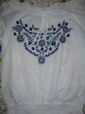 Продам вышитую блузку