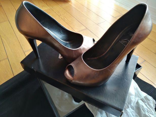 Sapatos bronze STAZA 37
